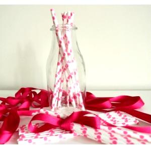 Pajitas-papel-blancas-lunares-rosas