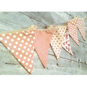 banderines-de-tela-rosa