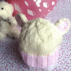 gorro-bebe-rosa. Detalles bebe ideales