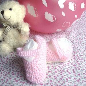 patucos-bebe-rosa