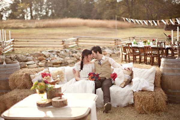 Diez formas de usar balas de paja en tu boda