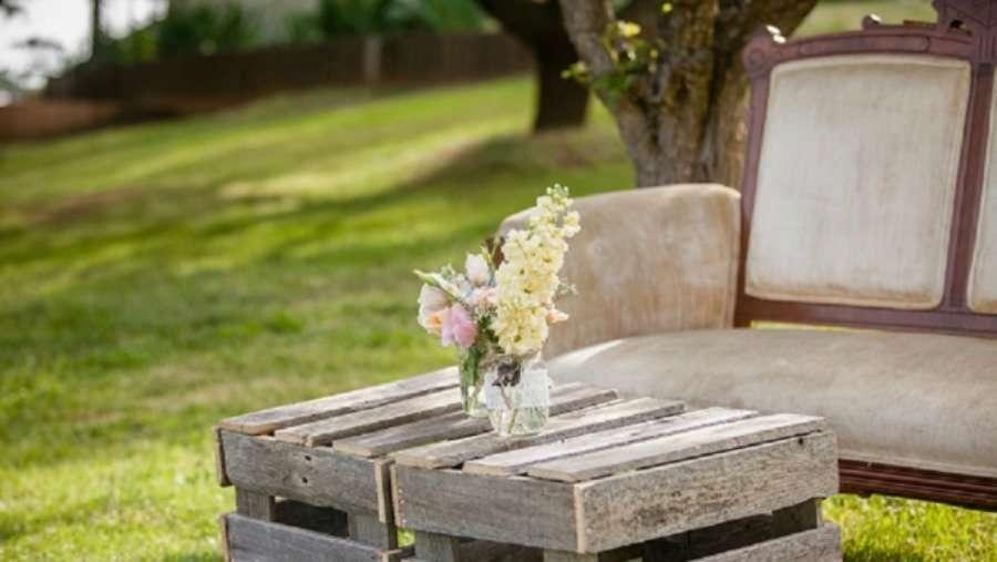 cajas de madera en una slow wedding