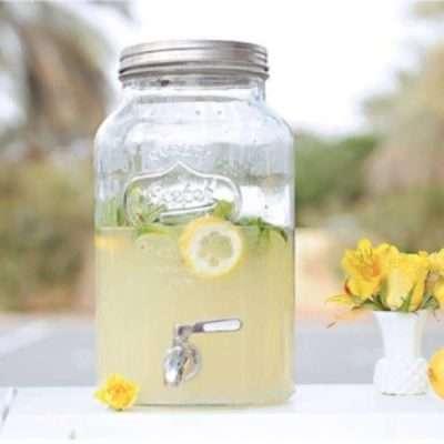 Aguamanil puesto limonada