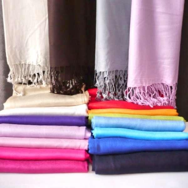 Pashmina colores a elegir. Detalles para bodas con mucho encanto