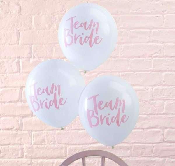 Por fin productos de boda bonitos para una despedida