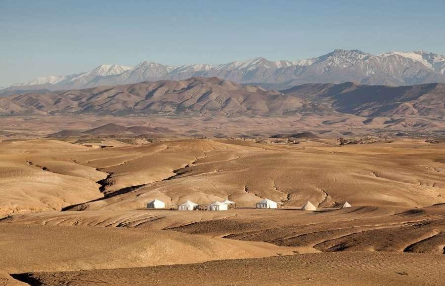 dunas del desierto. Casarse en un camping en el desierto