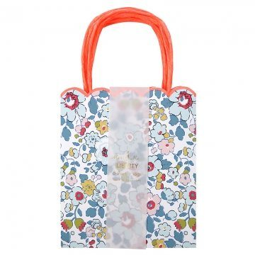 Liberty-Betsy-Party-Bags-B01MTM5X34